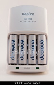 Sanyo Eneloop Ni-MH Nickel?metal hydride charger with rechargeable AA batteries